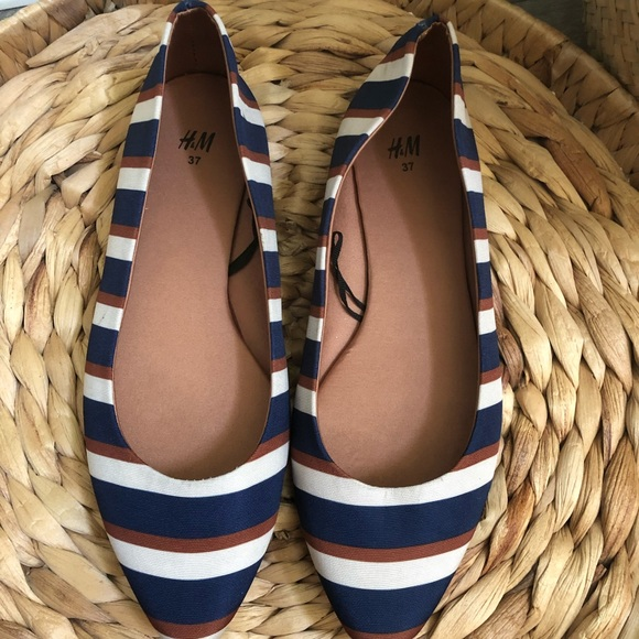 HM Striped Pointed Flats